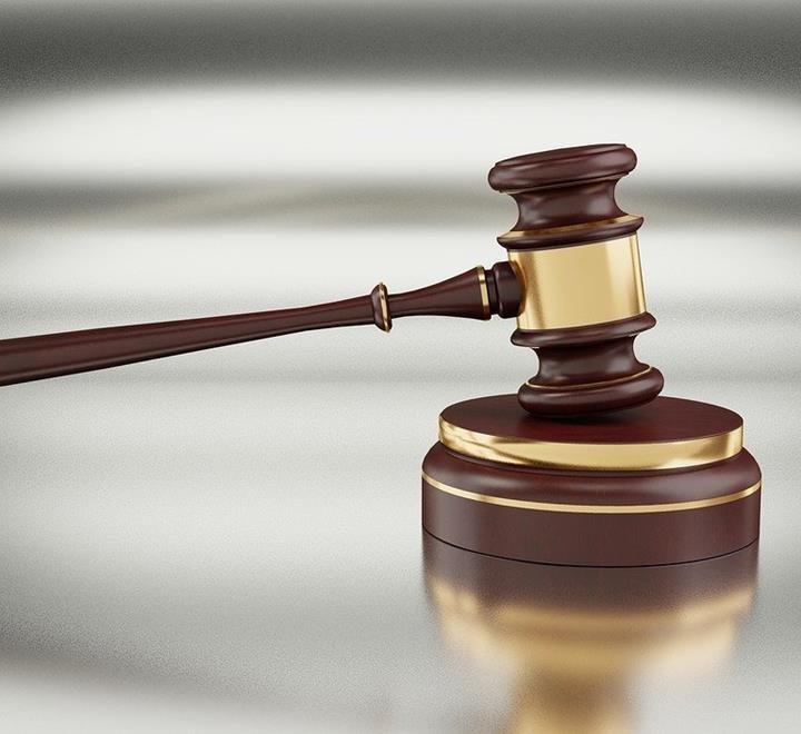 Jakie są wymagania dotyczące umowy prawnej?